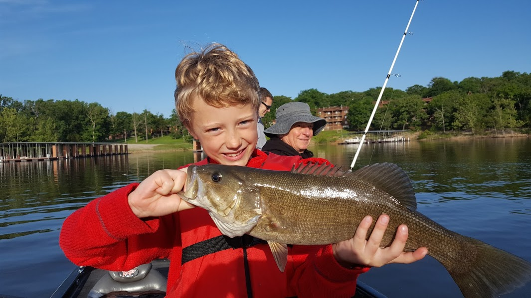 Branson fishing guide table rock lake fishing report for Fishing license mo